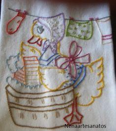Estes panos de copa foram bordados por mim.Comecei no dia 26.12.2013...acho que rendeu bem o meu trabal...