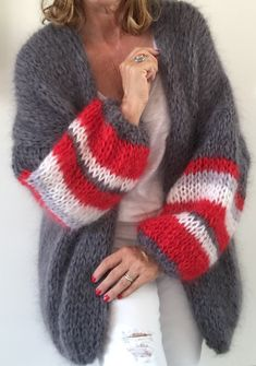 ideas knitting crochet cardigan ideas for 2019 Knit Fashion, Sweater Fashion, Look Fashion, Crochet Cardigan, Crochet Shawl, Knit Crochet, Crochet Style, Trendy Outfits, Cute Outfits