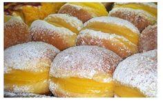 Bola de Berlim Ingredientes: Creme de Pasteleiro: 250 ml de leite 75 gramas de açúcar 40 gramas de farinha 2 gemas de ovo 1 ovo inteiro Massa: 0,5 kg de farinha 30 gramas de fermento de padeiro 150 gramas de açúcar 50 ml de leite 125 gramas de manteiga raspa de limão ou laranja 3 …