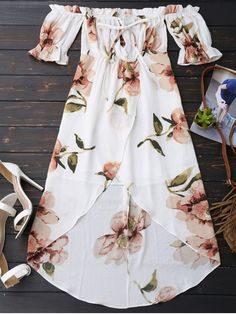 $19.99 Off Shoulder Ruffle Asymmetric Floral Dress - WHITE M