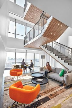 5 Bold Fashion and Beauty Offices #professionalofficedesigns