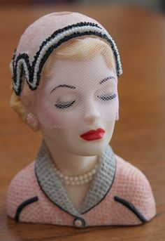 """Cameo Girls Judith """"Eve Easter Outing"""" 1954 Lady Head Vase 2000 Edition"""