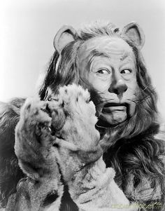 Lion Wizard of Oz - Bert Lahr  Don't make them like this anymore!..Actor's that is!