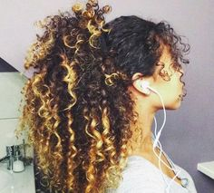 I love this simple style for curls and the ombré on her hair is amazing Curly Hair Styles, Natural Hair Styles, Pelo Natural, Natural Hair Inspiration, Cornrows, Big Hair, Gorgeous Hair, Pretty Hairstyles, Gray Hairstyles
