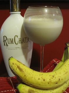Dirty Bananas Dirty Bananas Ice 1 very ripe, frozen banana cup coffee liquor cup Rum Chata In a blender, blend all ingredients until smooth. This is a lovely taste of the Caribbean! Party Drinks, Cocktail Drinks, Fun Drinks, Cocktails, Martinis, Mixed Drinks, Liquor Drinks, Drinks Alcohol, Alcohol Recipes