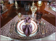 I need to find placemats like these - large and great design for a round table!