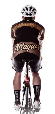 Street art-inspired cycling gear by Attaquer