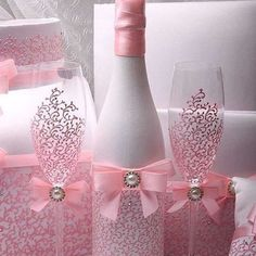 Wedding money box Set Pink HAND-Painted Wedding Bridal accessory set Wedding card box set Bridal set Wedding Accessories Set Pink Wedding – The Best Ideas Diy Bottle, Wine Bottle Crafts, Bottle Art, Wine Bottles, Glass Bottles, Money Box Wedding, Card Box Wedding, Garrafa Diy, Wedding Glasses