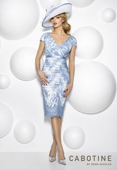 A stunning mother of the bride, mother of the groom or wedding guest outfit from Cabotine! Frox of Falkirk, fashion.