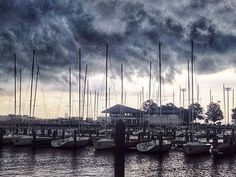Storms, eclipses: Top reader weather photos of 2014