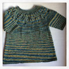 lamaisontricotee #tricot#knit #knitting #diy#riversidestudio #riverbed#laine#wool#tricotémain #faitmain #dropsdesign #garnstudio #summerleavestop#rayures #stripes Fred Art'Z, mars 2016.
