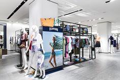프랑스 비치웨어 빌브레퀸(VILEBREQUIN) ! 국내 인기는 물론, 헐리우드 스타들도 즐겨 입는 브랜드죠. 다양한 색상과 유니크한 디자인의 빌브레퀸 을 갤러리아 WEST 2층에서 만나보세요.