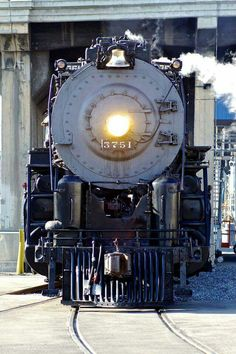 Santa Fe 3751 Steam Engine of SoCal with a 4-8-4 configuration.