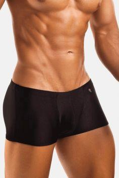 Boxer Negro para Hombre de Textura Sedosa. Para ver todos nuestros modelos de#Ropa#Interior#Hombreque tenemos con descuento y envío a todo#Mexicohaz click en el link y checa los más de 60 modelos que tenemos de#ropainteriorpara hombre.