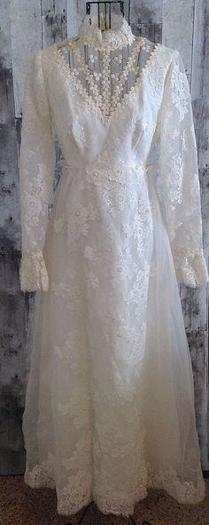 Vintage Lace Wedding Bridal Gown Dress Faux Pearl Detachable Train Ivory Size XS…