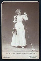 Ellaline Terriss - Terriss as Dora in The Circus Girl