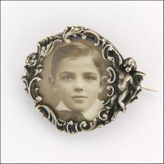 French Art Nouveau Silver Cherub Photo Frame Pin