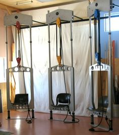 Pulley Chairs Science Gallery, Physical Play, Simple Machines, Pulley, Treehouse, Exhibit, Teaching Ideas, Workshop, Challenge