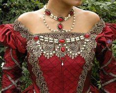 Elizabethan Tudor Medieval Jewelry Set Circlet by RomanticThreads, Life Style Vintage Dresses, Vintage Outfits, Vintage Fashion, Fashion Fashion, Vintage Style, Historical Costume, Historical Clothing, Mode Renaissance, Style Steampunk