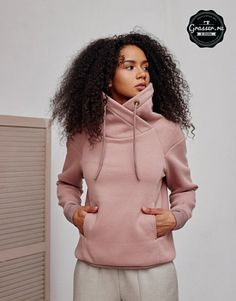 Hoodie and sweatshirt, pattern buy on-line Sporty Outfits, Fall Outfits, Fashion Outfits, Sport Fashion, Kids Fashion, Womens Fashion, Fashion Design, Winter T Shirts, Hoodie Pattern