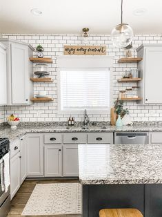 Farmhouse Style Kitchen, Modern Farmhouse Kitchens, Kitchen Redo, Home Decor Kitchen, Home Kitchens, White Cabinet Kitchen, Diy Kitchen Makeover, Rustic Chic Kitchen, Bohemian Kitchen Decor