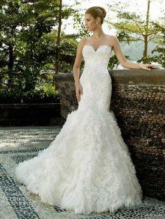 Beautiful wedding dress ...