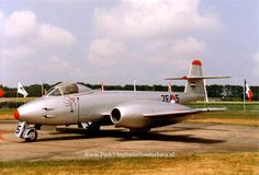 Gloster Meteor Mk.8 6 7E-5 (Custom) Gloster Meteor, Navy Aircraft, Royal Air Force, Royal Navy, Airplane, Planes, Fighter Jets, Aviation, History