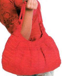 Красная сумка, связанная крючком