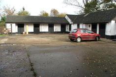 3 bedroom detached house for sale in Main Road, Claybrooke Parva, Lutterworth - 685k 5 acres 8 box stable