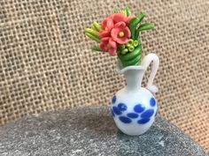 Miniature Vase//Miniature Flower Bouquet//Dollhouse Miniatures//Polymer Clay Flower Vase//Handmade Miniature//Polymer Clay Miniatures by VirginiaLagoArt on Etsy