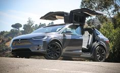 Tesla will use the same engines for the upcoming mid-size SUV. However, the 2020 Tesla Model X will geta 10 percent range boost compared to its predecessor. Volvo Suv, Bmw Suv, Tesla Car Price, New Car Photo, New Tesla, Large Suv, Tesla Roadster, Tesla Model X, Muscle Cars