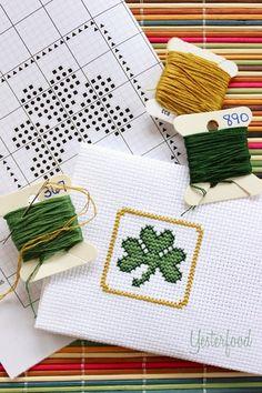 Easy Little Shamrock Cross Stitch (with free pattern!)