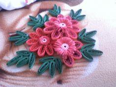 Flori facute de mine in tehnica Husking (de data aceasta nu sunt facute in tehnica quilling)