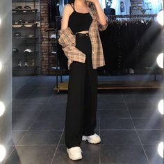 korean street fashion Want these korean fashion ideas - Want these korean fashion ideas - Kpop Fashion Outfits, Cute Casual Outfits, Pretty Outfits, Stylish Outfits, Girl Outfits, Grunge Outfits, Sporty Outfits, Hijab Fashion, Korean Girl Fashion
