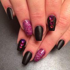 Instagram photo of acrylic nails by sassyhairnnails