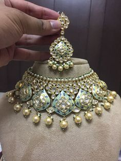 Jewellery Box Large behind Earring Organizer Cheap yet Asian Jewelry Store Near Me Real Gold Jewelry, Gold Jewellery Design, Jewellery Box, Bridal Jewellery, Handmade Jewellery, Jewellery Earrings, Royal Jewelry, Indian Wedding Jewelry, Indian Jewelry