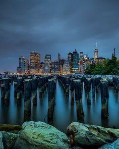 New York City Feelings - Gloomy days #NYC by @gregroxphotos