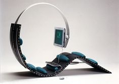 Surf Chair will turn you into a net zombie