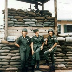 Army Nurse Corps fatigues during the Vietnam War. Vietnam History, Vietnam War Photos, Vietnam Veterans, Military Women, Military History, American War, American History, American Soldiers, Vintage Nurse