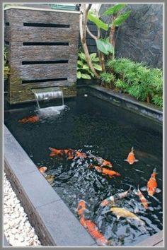 32 Stunning Indoor Pond Design And Decor Ideas - homepiez Outdoor Fish Ponds, Indoor Pond, Indoor Water Fountains, Ponds Backyard, Fish Pool, Koi Fish Pond, Coy Pond, Koi Pond Design, Landscape Design