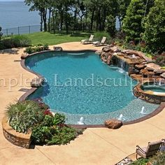 free form pool spa w travertine pavers flagstone beach entry built in fire pit a real rock. Black Bedroom Furniture Sets. Home Design Ideas