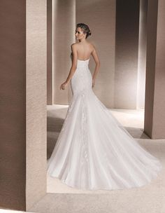 ROCHELLE - Mermaid wedding dress, with sweetheart neckline | La Sposa