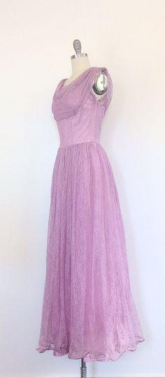 des années 50 robe de soirée dentelle par CheshireVintageShop