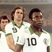 Giorgio Chinaglia and Pele of Cosmos before a game in 1977