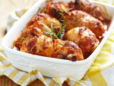 Egy finom Mézes-mustáros csirkecomb ebédre vagy vacsorára? Mézes-mustáros csirkecomb Receptek a Mindmegette.hu Recept gyűjteményében! Taste Buds, Tandoori Chicken, Chicken Wings, Shrimp, Main Dishes, Chicken Recipes, Bacon, Dinner, Sweet