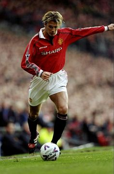 David Beckham of Man Utd in 1999.