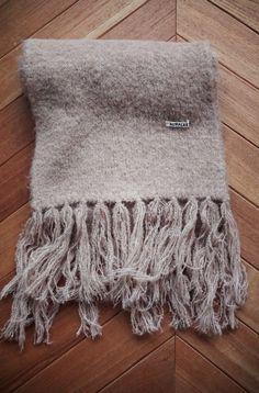 [ AURALEE ] SUPER FINE WOOL AIRY KNIT V-NECK P/O V Neck, Wool, Blanket, Knitting, Tricot, Breien, Stricken, Weaving, Blankets