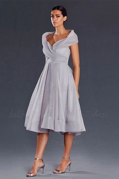 A-Line/Princess Off-the-shoulder Tea-length Organza Mother of the Bride Dress A-Linie / Princess-Linie Schulterfrei Wadenlang Organza Kleid für die Brautmutter Cocktail Dresses Online, Evening Dresses Online, Cheap Evening Dresses, Womens Cocktail Dresses, Evening Gowns, Dress Online, Evening Party, Mother Of Bride Outfits, Mother Of Groom Dresses