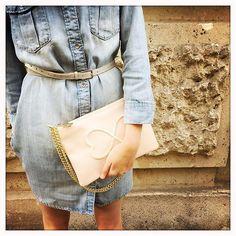 Prescription anti-grisaille: adopter d'urgence le rose Gaja Belle journée à vous! ✨☔️ #maisongaja #mongaja #lesacquisourit #bagoftheday #lookoftheday #ootd #pink #denim #bag #bags #fashion