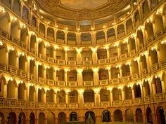 Teatro Fraschini, Pavia